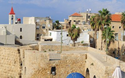 Vera Visits Amazing Acre and tastes the best Hummus in Israel