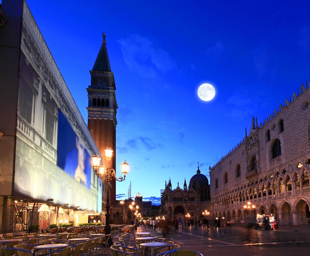 Evenings in Venice are incredibly romantic during a luxury holiday to Italy.